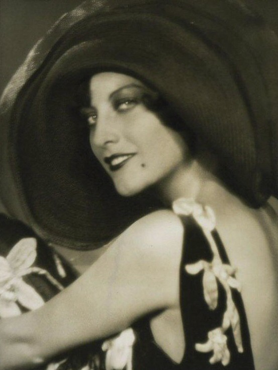 1927 publicity by Ruth Harriet Louise.