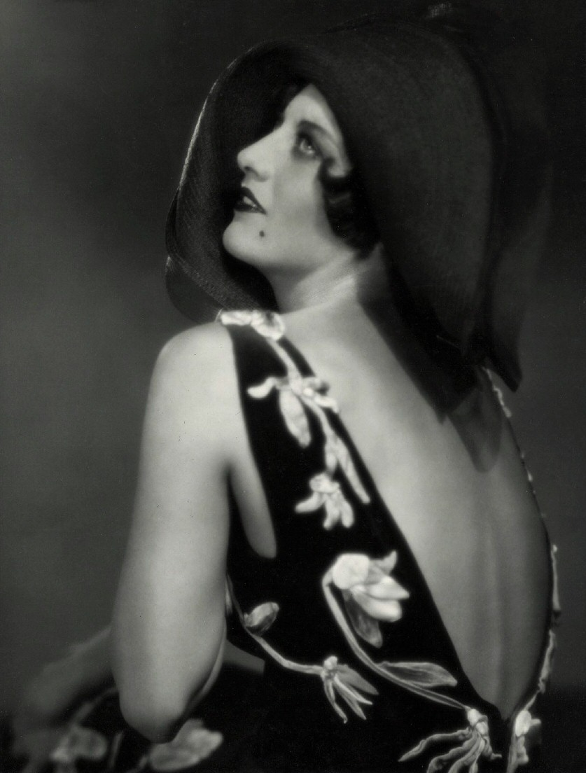 1927. Publicity by Ruth Harriet Louise.