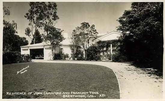 Mid-1930s postcard of the back of Joan's home.