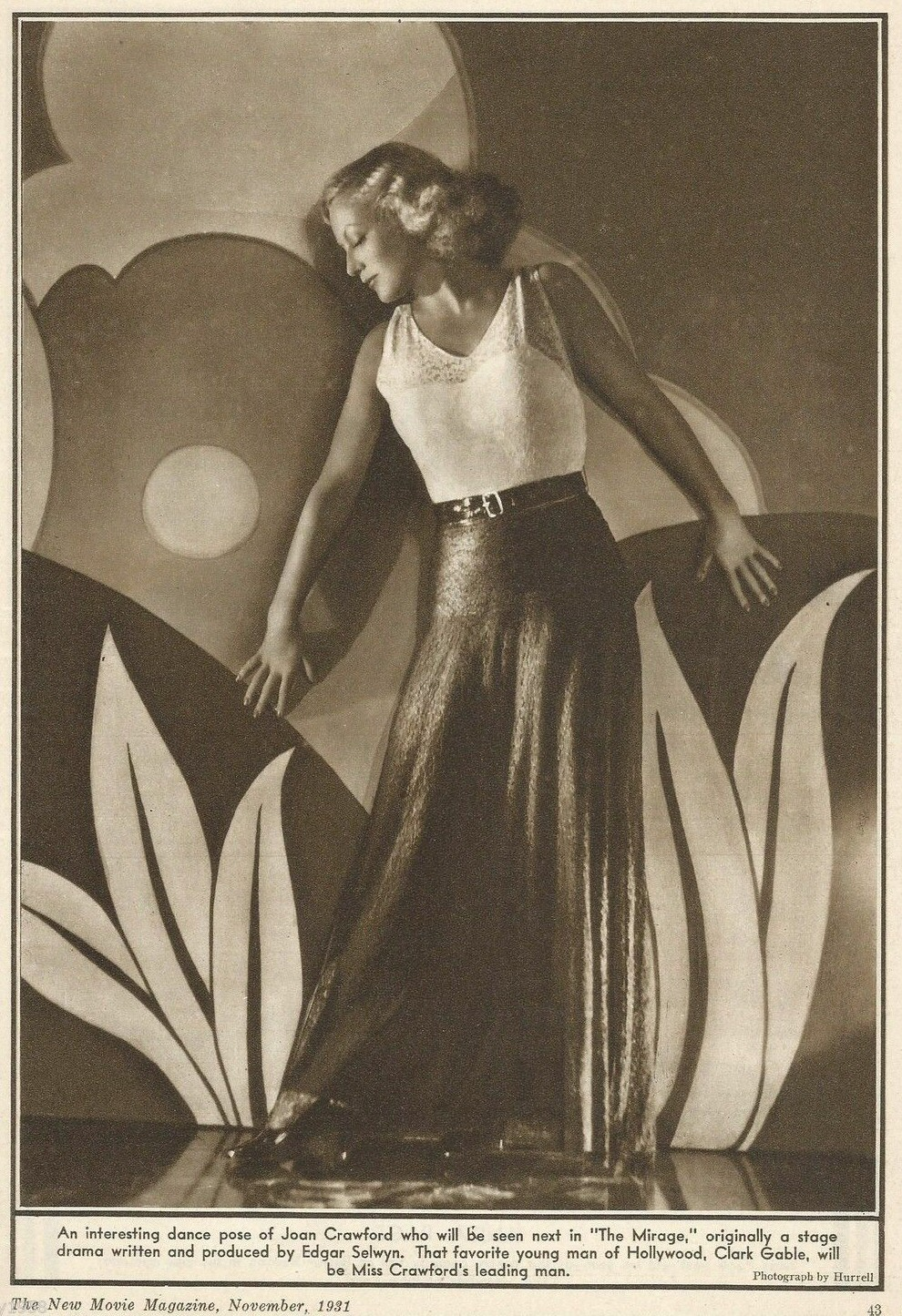Shot by Hurrell, appearing in the November 1931 'New Movie' magazine.