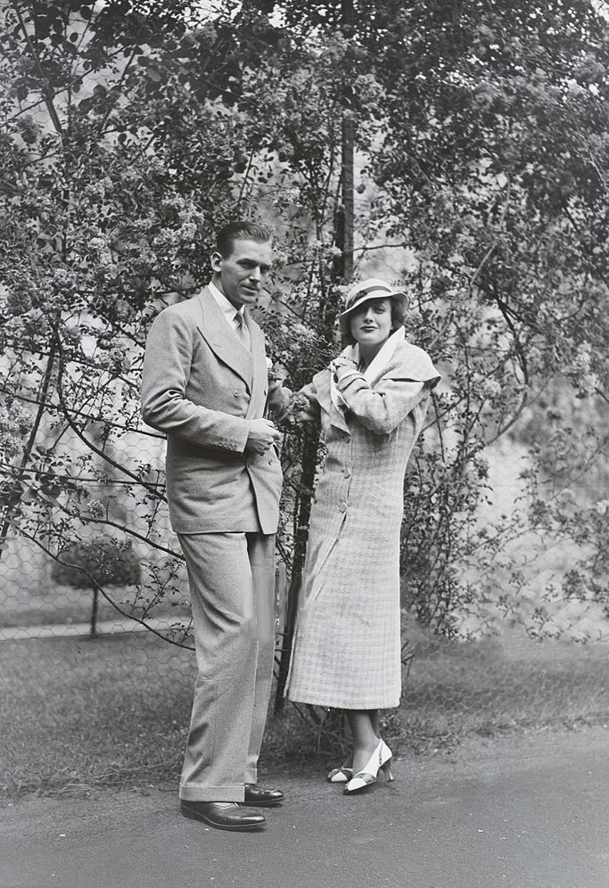1932. In Chantilly, France, with husband Doug Fairbanks, Jr.