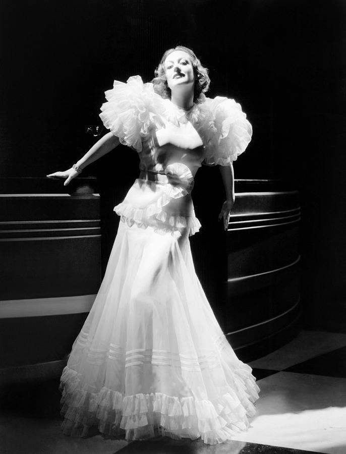 1932. 'Letty Lynton' publicity by Hurrell.