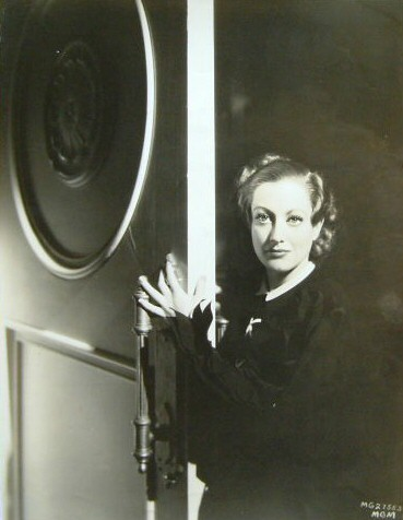 1933 publicity for 'Today We Live' shot by Hurrell.