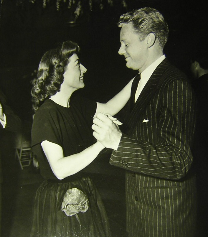 1946. With Van Johnson.