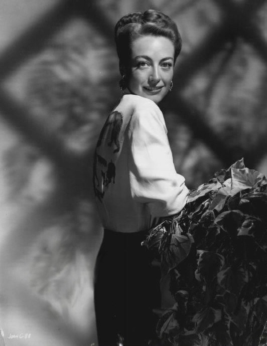 1946 Warners publicity, with blouse by Tina Leser.
