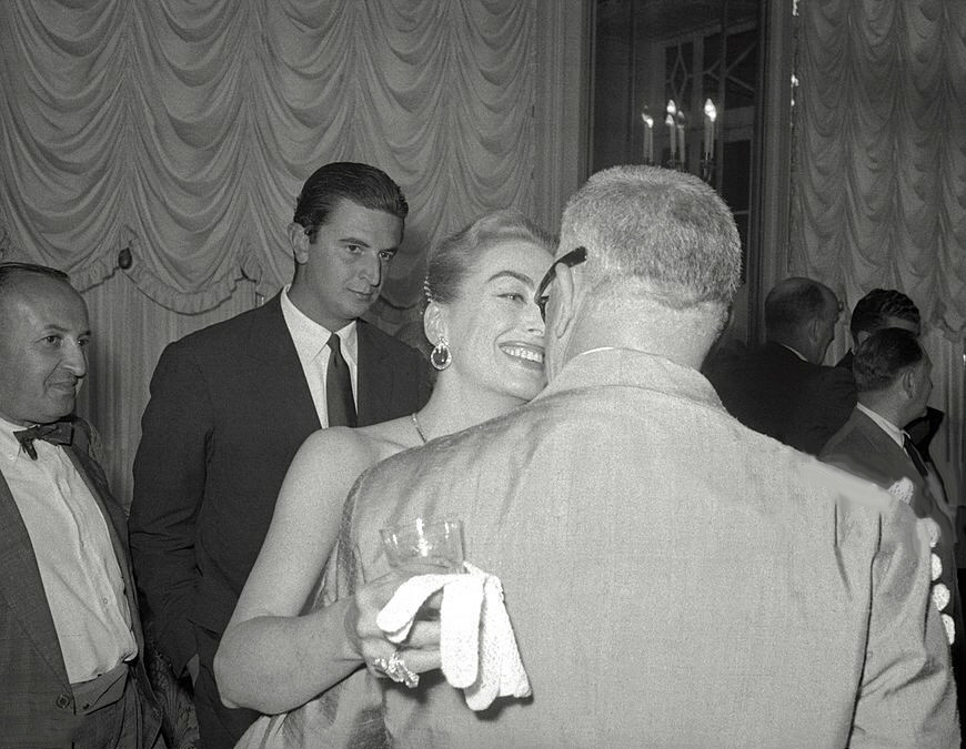 August 1957 in Rome with husband Al Steele.