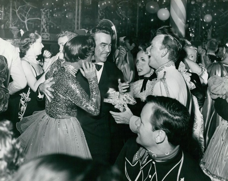1953. At the Hollywood Press Photographers' annual ball, at Mocambo. With Mel Dinelli, Jane Powell, and Pat Nerney.