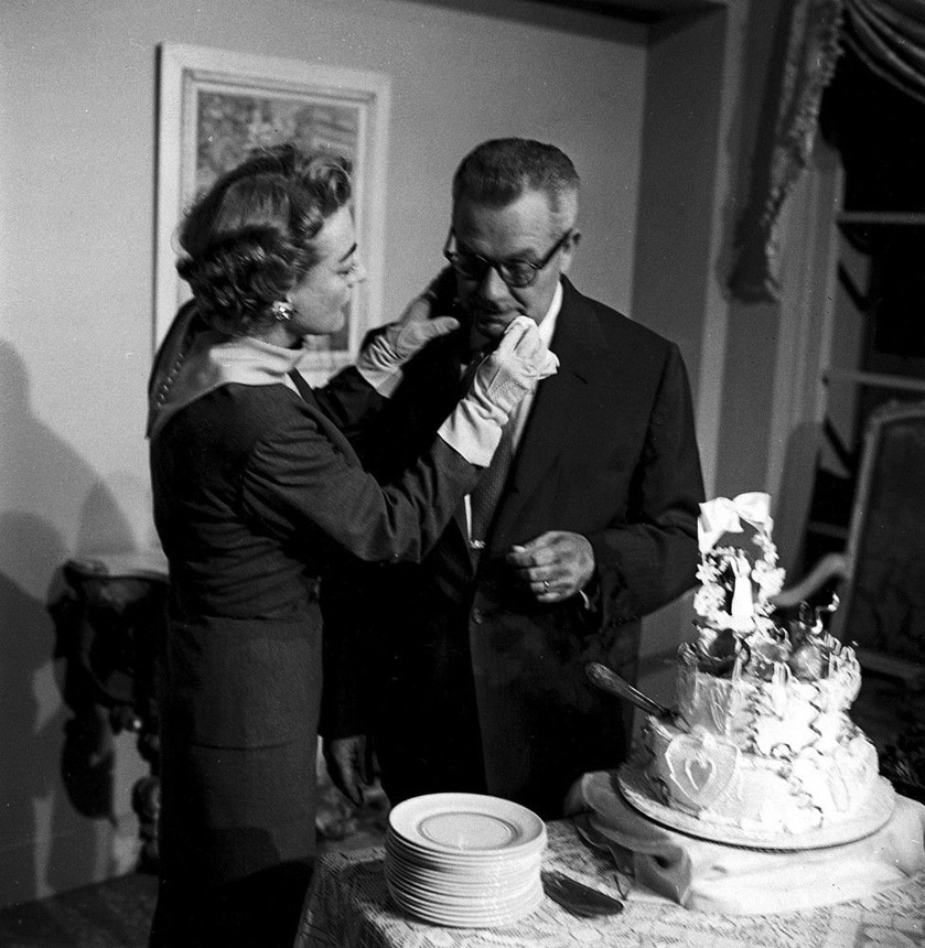 May 11, 1955. Joan and Al Steele in Los Angeles the day after their Vegas elopement.