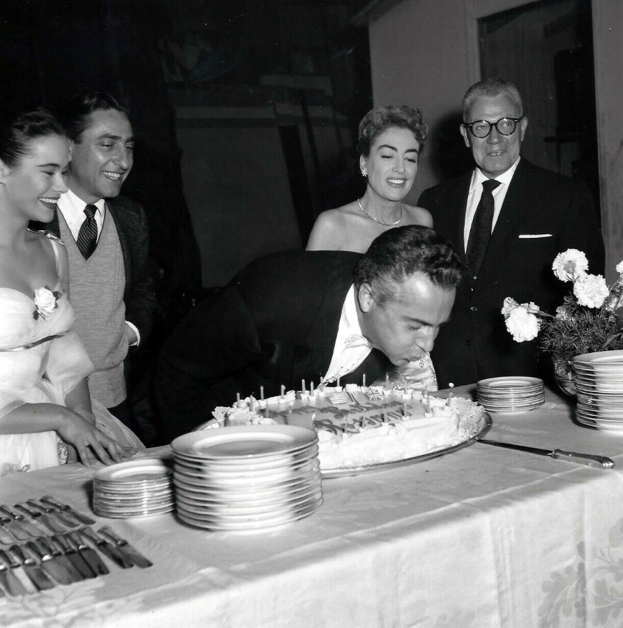1957. On the set of 'Esther Costello' with Heather Sears, David Miller, Rossano Brazzi, and Al Steele.