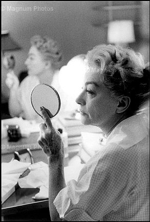 1959. The 'Best of Everything' set. Shot by Eve Arnold.