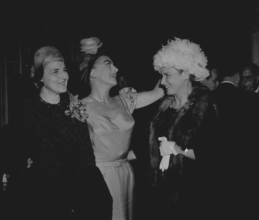 10/3/59. At a Women's Ad Club of Chicago luncheon with Bernice Dollnig of Sears Roebuck and Bessie Stuart of 'Modern Hospital' magazine (former and present presidents of the club).