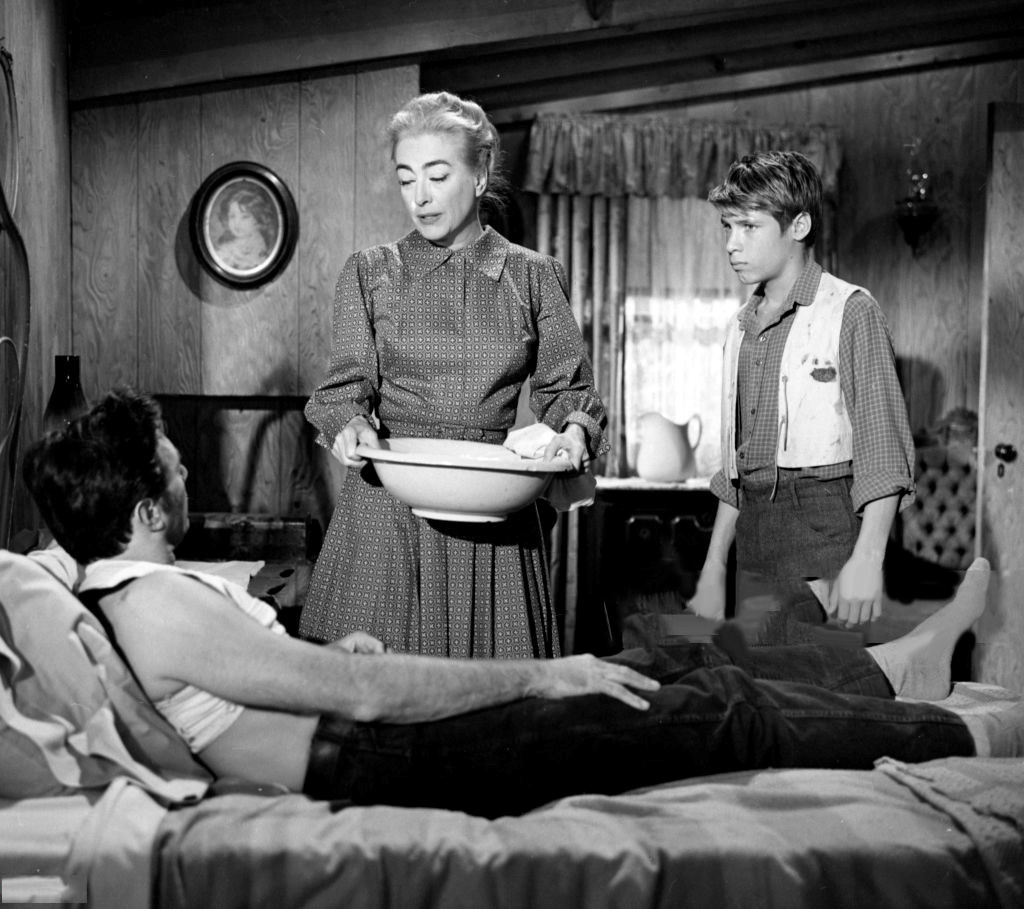 1959. 'Rebel Range' with Scott Forbes (in bed) and Don Grady.