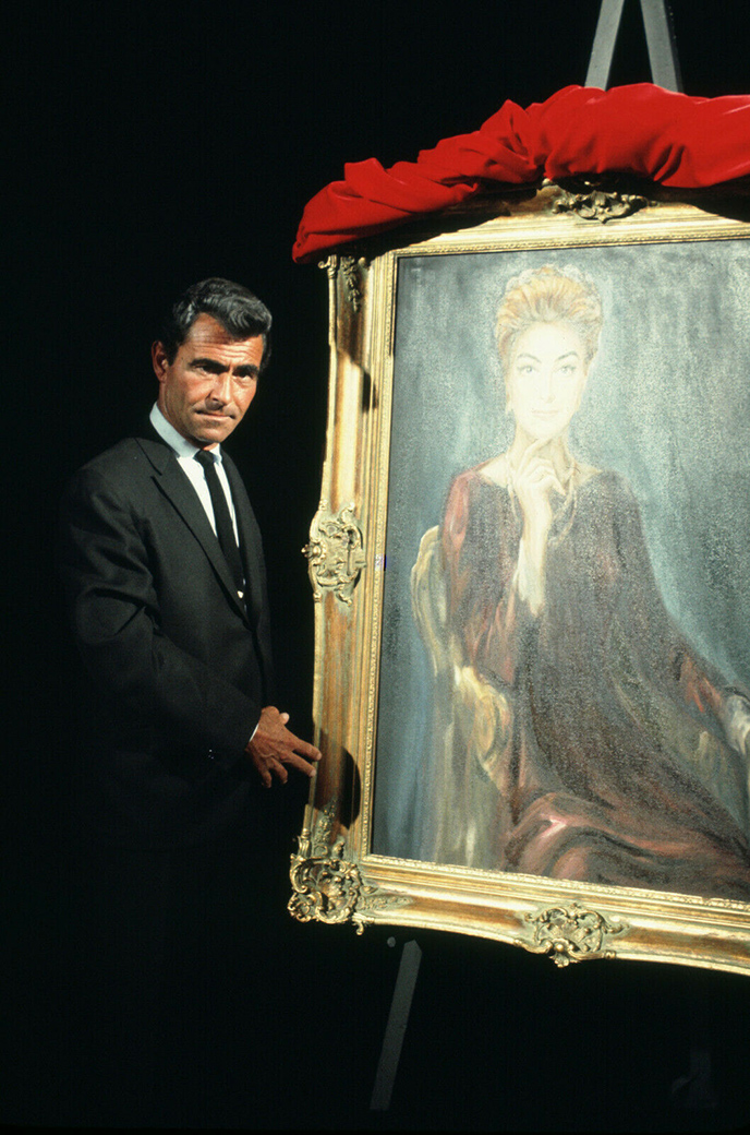 'Night Gallery' host Rod Serling with the Gebr painting of Joan.