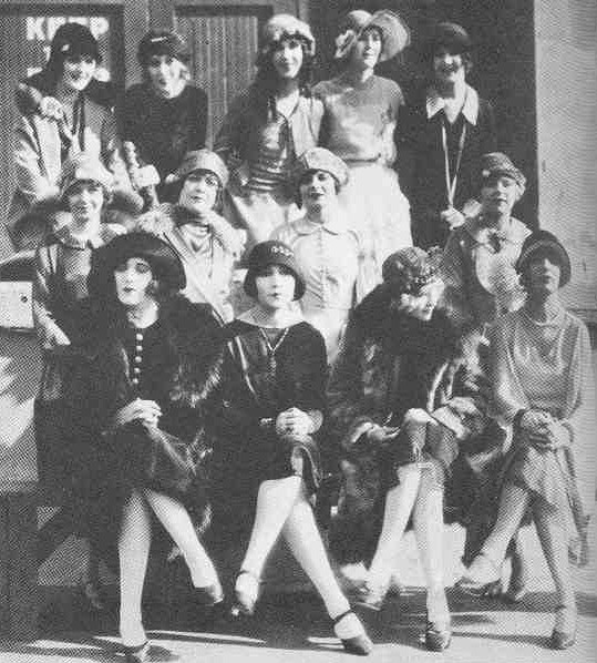 Joan (lower left) one of 13 WAMPAS Stars of 1926. Top: Mary Astor, Dolores Costello, Fay Wray, Marcelline Day, Mary Brian. Middle: Janet Gaynor, Sally O'Neil, Vera Reynolds, Edna Marion. Bottom: Joan, Dolores Del Rio, Joyce Compton, Sally Long.